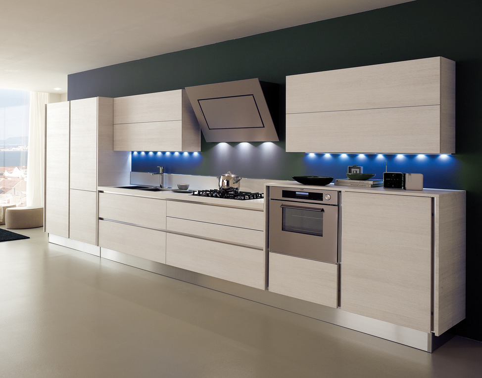 Awesome cucine con cappa a vista gallery acrylicgiftware for Piani di cucina con isola e camminare in dispensa